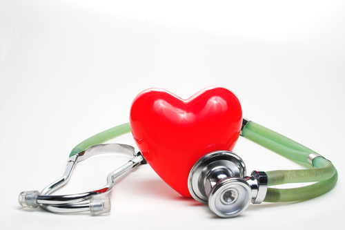 heart_and_stethescope_2
